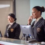 Quais são os atributos de uma boa recepcionista?